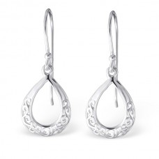A06076-SS   Sterling silver tear drop ear ring