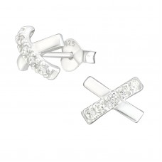 """A06238-CR Sterling silver """"X"""" ear rings with Crystals"""